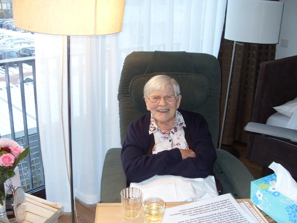 Oma van der Stoel